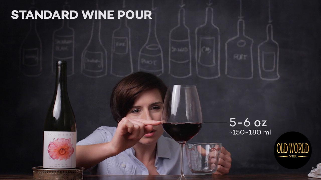 Rót rượu tiêu chuẩn