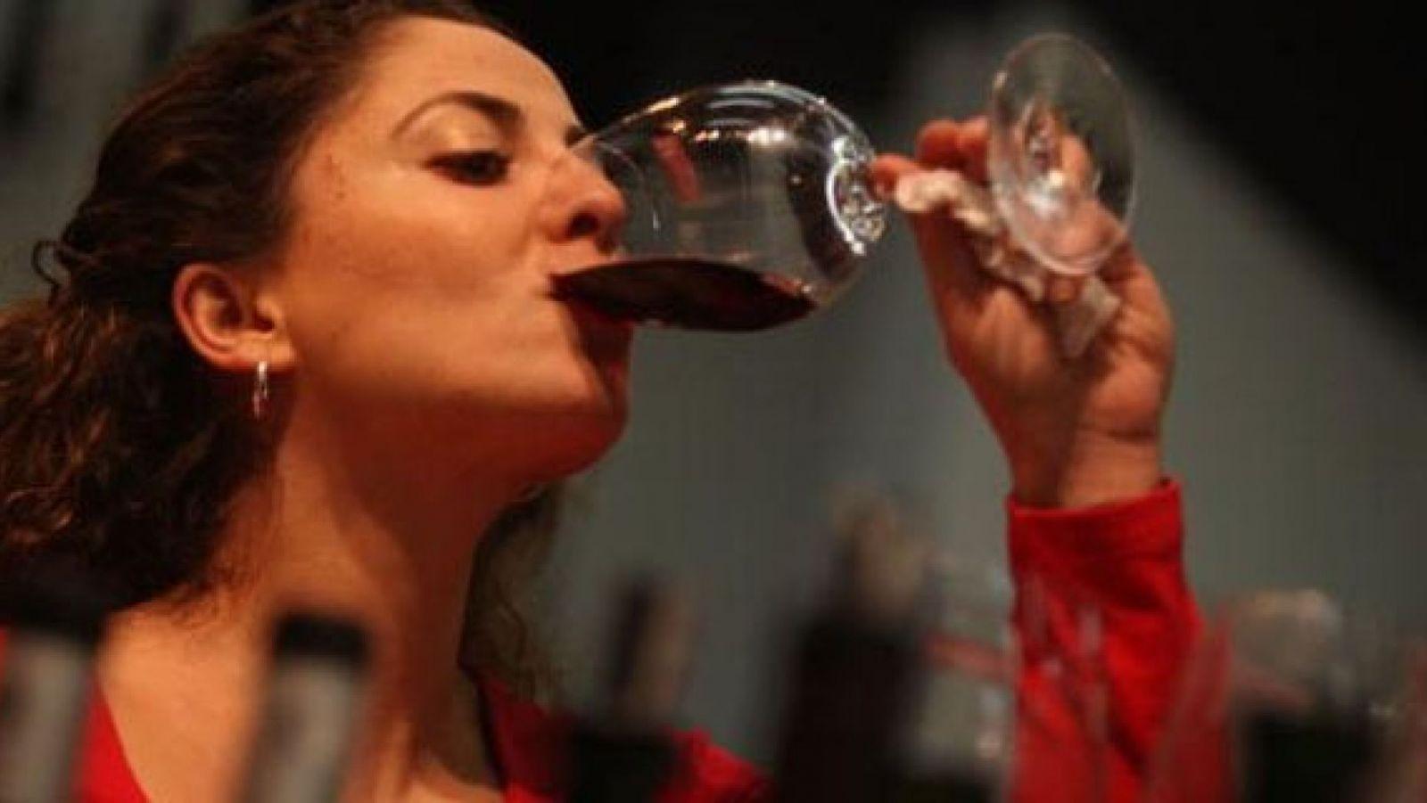 Tác dụng rượu vang đối với phụ nữ