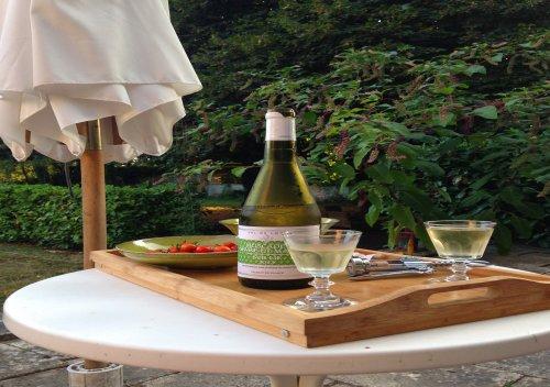 Rượu vang Muscadet là gì? Hướng dẫn nếm thử và kết hợp món ăn với rượu vang Muscadet