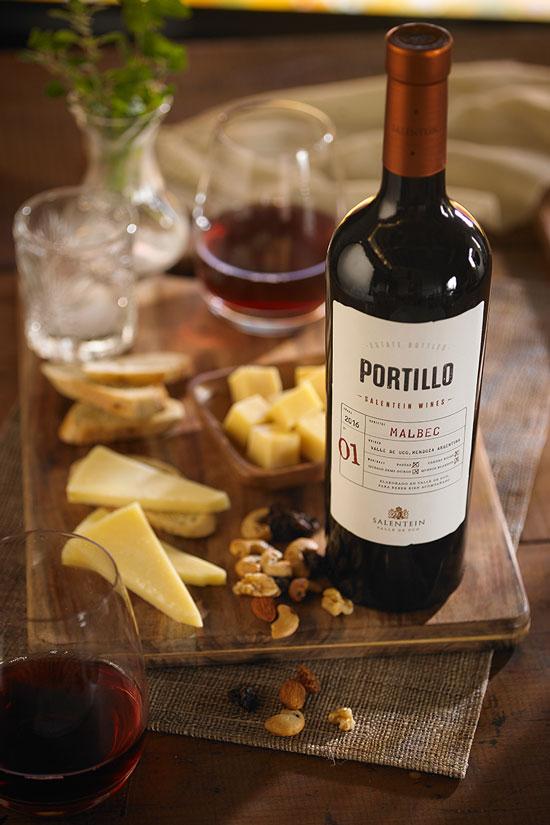 Salentein-Portillo-Malbec4_-05-06-2021-12-04-43.jpg