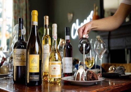 Rượu vang tráng miệng Dessert Wines là gì? Hướng dẫn cơ bản về rượu vang tráng miệng