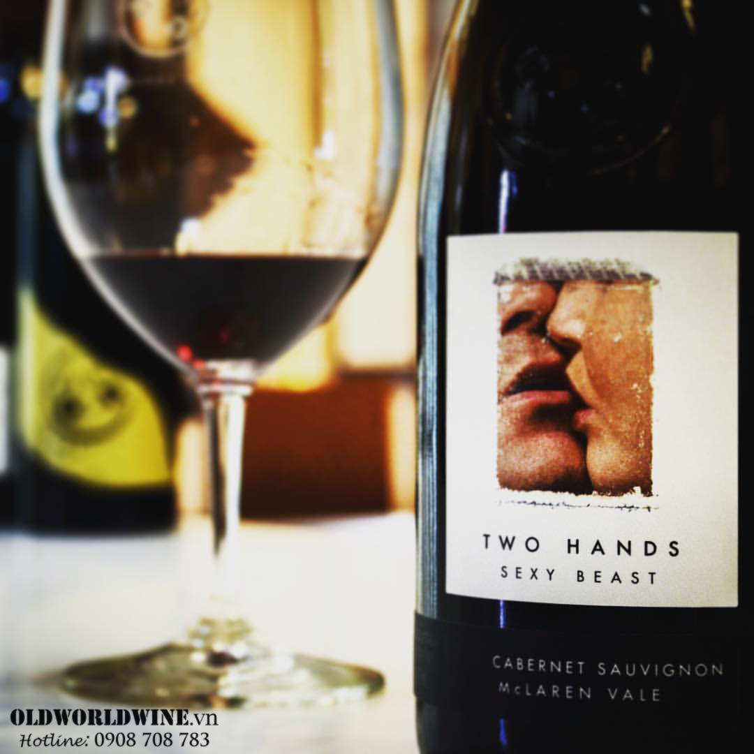 Two-Hands-Sexy-Beast-Cabernet-Sauvignon1_-04-07-2021-10-24-45.png