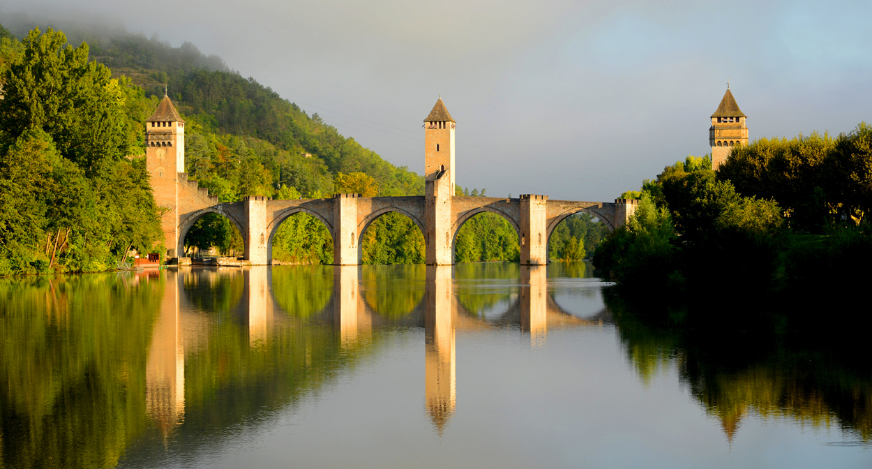 Rượu vang cahors là gì? Cahors: Vùng rượu vang Malbec