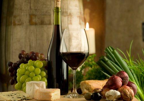 Tác dụng của rượu vang đỏ đối với sức khỏe chúng ta